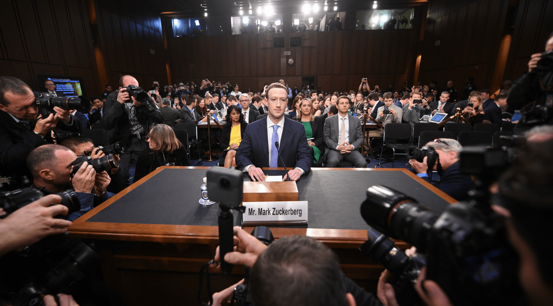 Mark Zuckerberg compareciendo ante el Congreso de EEUU - (Foto: Jim Watson - AFP)
